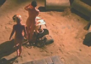 Lucy lawless in an outdoor bath with Renee O'Connor, both shown naked