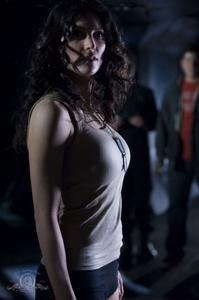 http://img14.imagevenue.com/loc424/th_208418774_Julia_Benson_Stargate_Universe_9_122_424lo.jpg