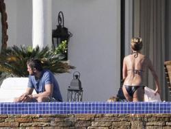 Jennifer Aniston,  In Bikini in Mexico, New, Feb 7 Foto 1208 (Дженнифер Анистон в купальнике в Мексике, Новой 7 фев Фото 1208)