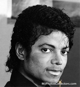 1983 Thriller Certified Platinum Th_947804639_med_gallery_8_119_37928_122_53lo
