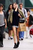 Alexa Chung | Shopping in NYC | May 24 | 6 pics