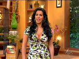Marisa - Escandalo TV - Mesmerizing Cleavage - 7/16/07 - VideoClips